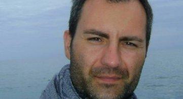 Andrea Cantone, uno Scrittore con 'La chitarra nel cuore'