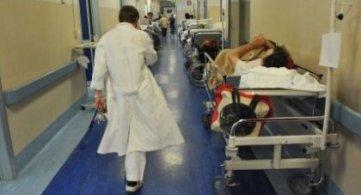 Sanità: disagi per super afflusso in ospedali del Casertano