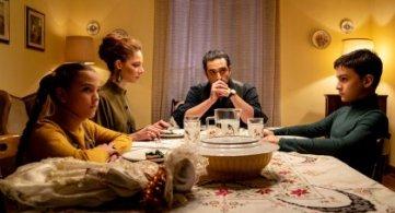 A Dugenta e Casapesenna le riprese di 'The Noisy Silence' con Giuseppe Zeno, Quentin Faure, Jenna Thiam e Gaia Bermani