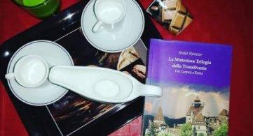 La Misteriosa Trilogia della Transilvania, un libro di Eniko Nyisztor